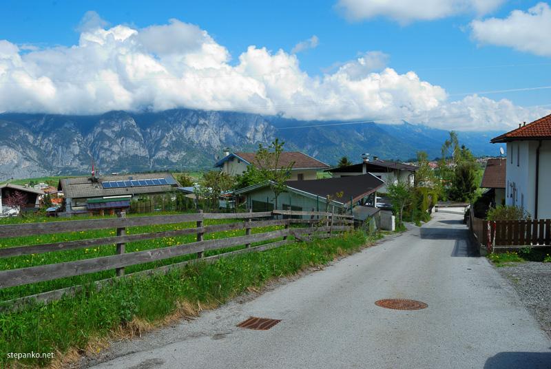 Вид на деревеньку Аксамс